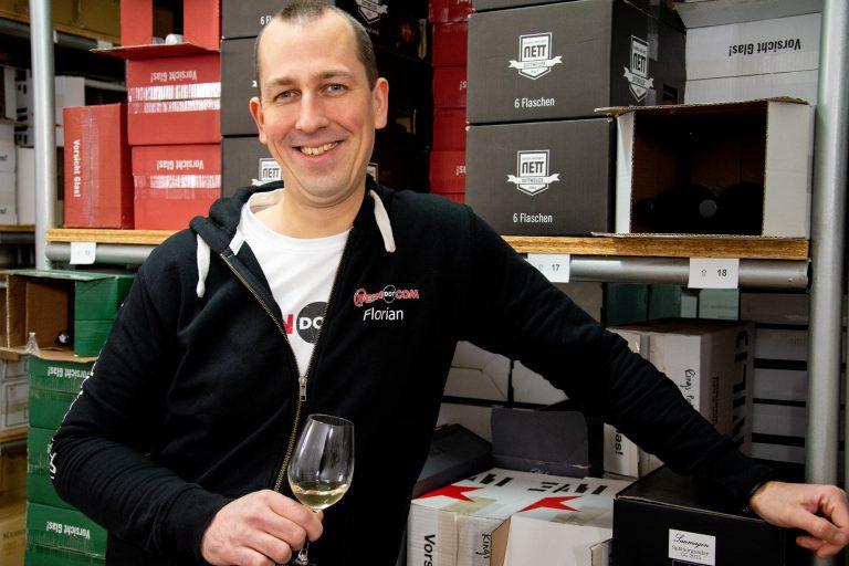 WEINDOTCOM Weinversand lädt Genießer am 12./13. März zur virtuellen Weinmesse ein